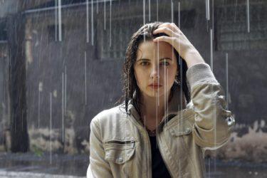 雨でも傘はささない?証券マンの考えるお客様に認められる新規営業