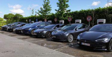 テスラの時価総額がトヨタを抜き世界一位に!自動車業界の将来はどうなる?